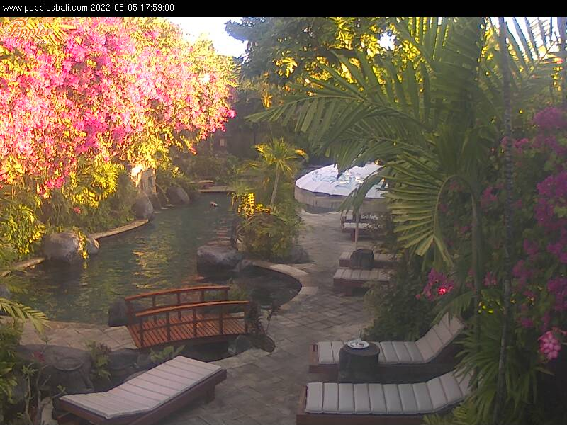Poppies Kuta Beach Bali Indonesia Beach Resort webcamBeach Resort Webcam: Poppies, Kuta Beach, Bali, Indonesia